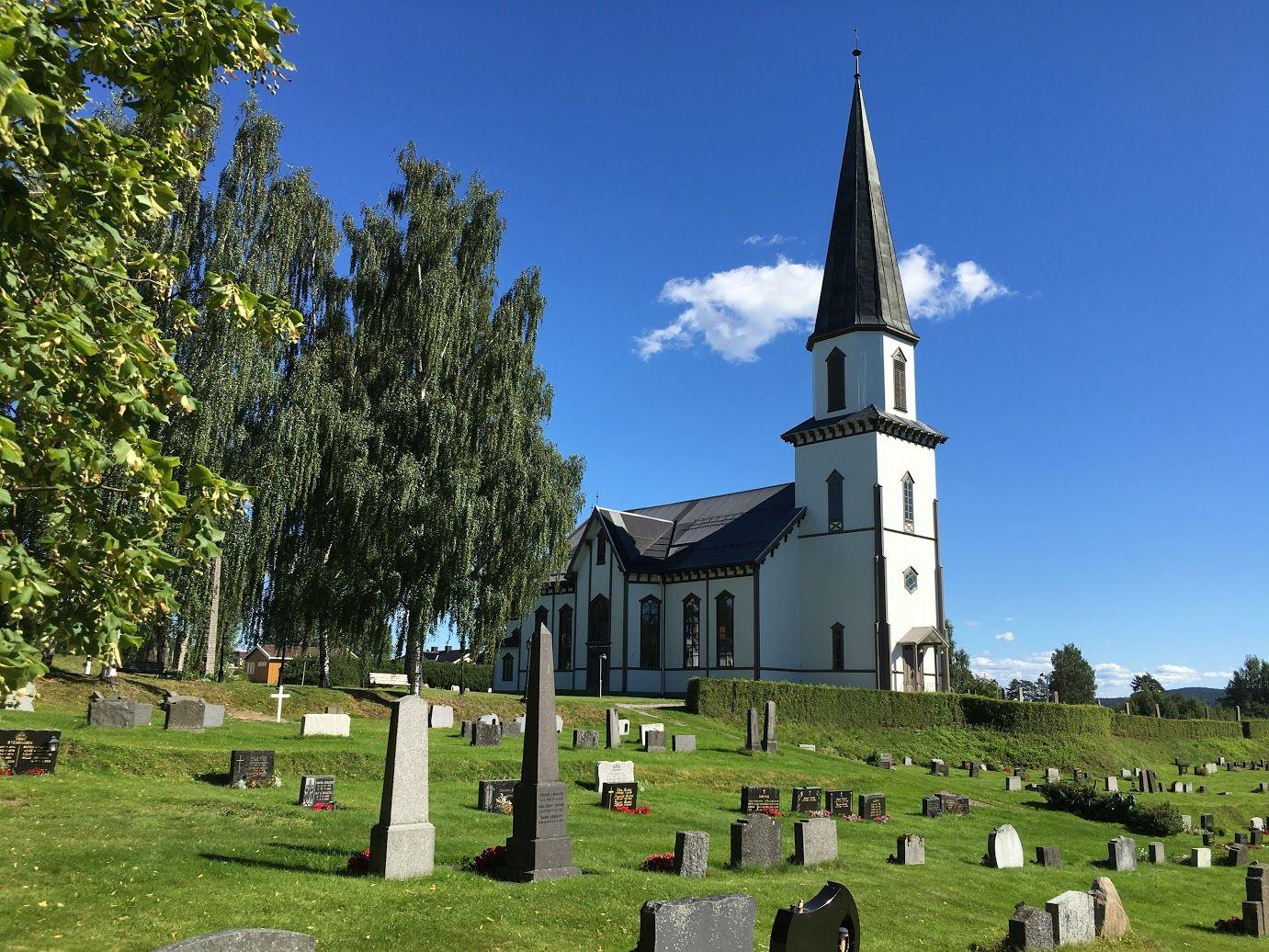 Sand Kirke (Foto: Per Olav Hansen)