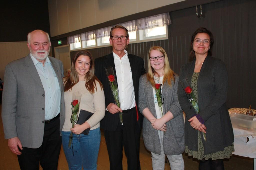 Ordfører Jon P. Husby, Karoline Rolland Bakken, Kjell Dagfinn Øyaas, Ann-Margit Hellem Storslett og Halldis Flakne