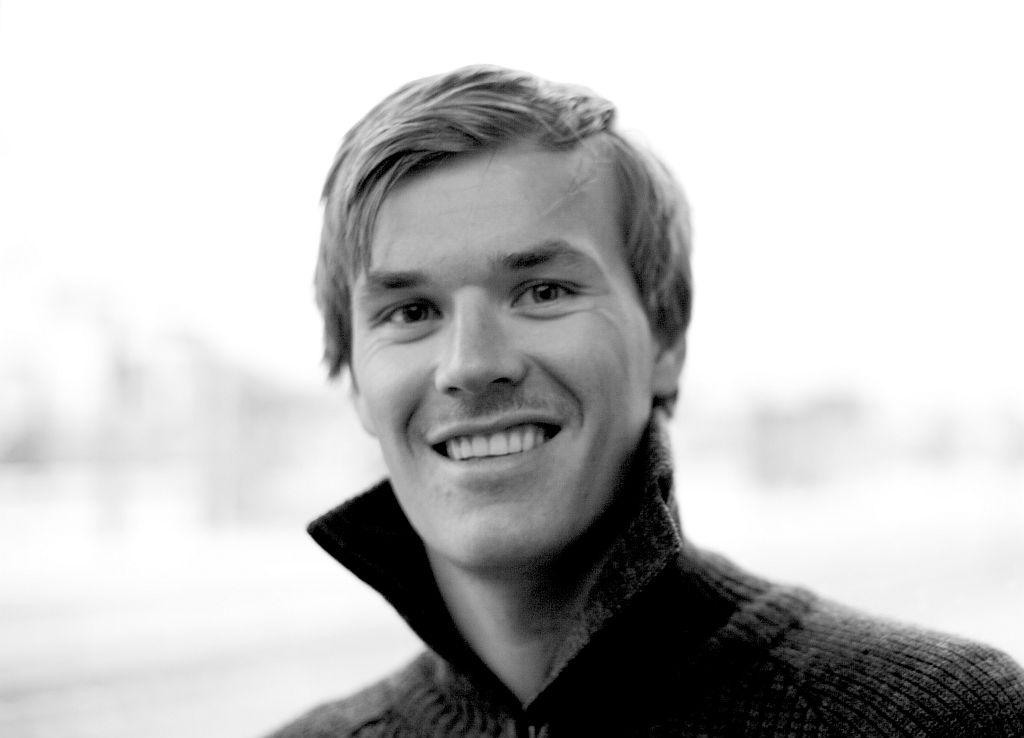 Jo Sverre Sande opptrer med Eggkleiva mannskor den 24. og 25.november (Foto: Dora 3)