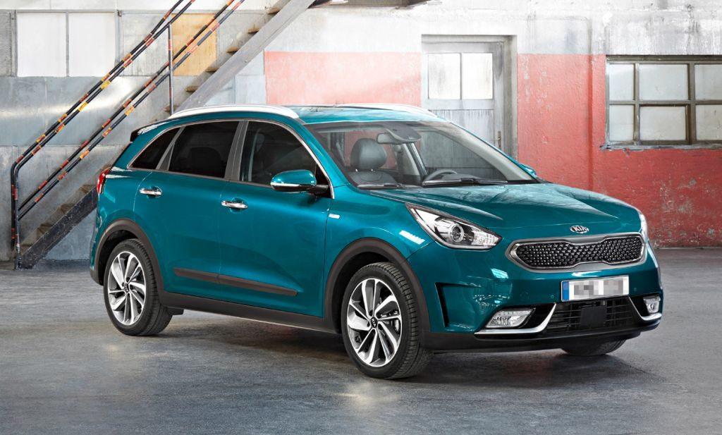 FORNUFTIG LØSNING: Kia Niro har en hybridløsning som gir et lavt drivstofforbruk, oppgitte data er 0,38 l/mil. Den samlede motorytelsen er 141 hk og bilen har et totalt dreiemoment på 256 Nm. Batteriet er på 1,56 kWh og har som bilen ellers 7 års garanti. (Foto: Kia)